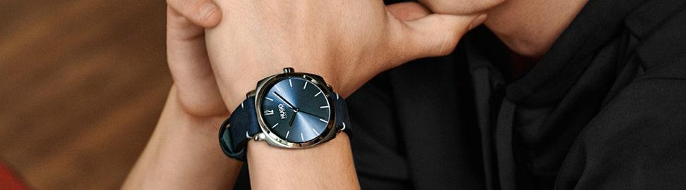 Blauwe horloges
