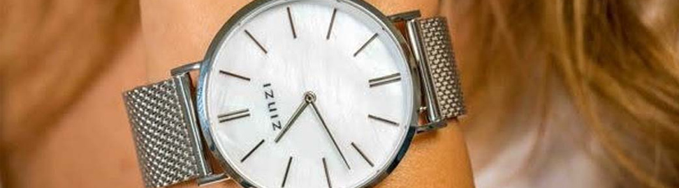 Parelmoer horloges