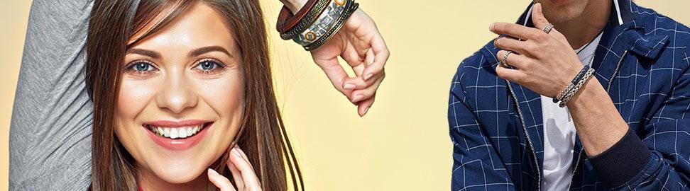 Zilverkleurige armbanden