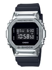 Casio G-Shock GM-5600-1ER The Origin digitaal herenhorloge 49 mm